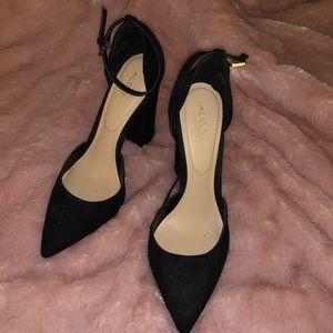 Aldo black pointed toe heels